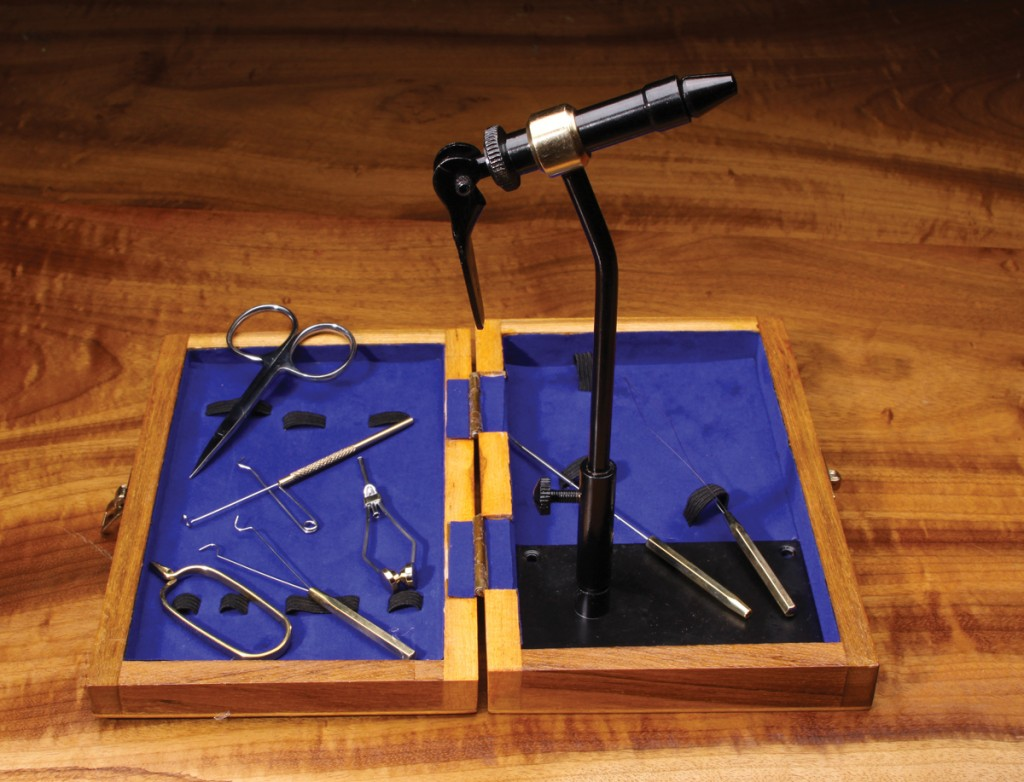 hareline-tool-kits-w-vise-and-pedestal-base-29